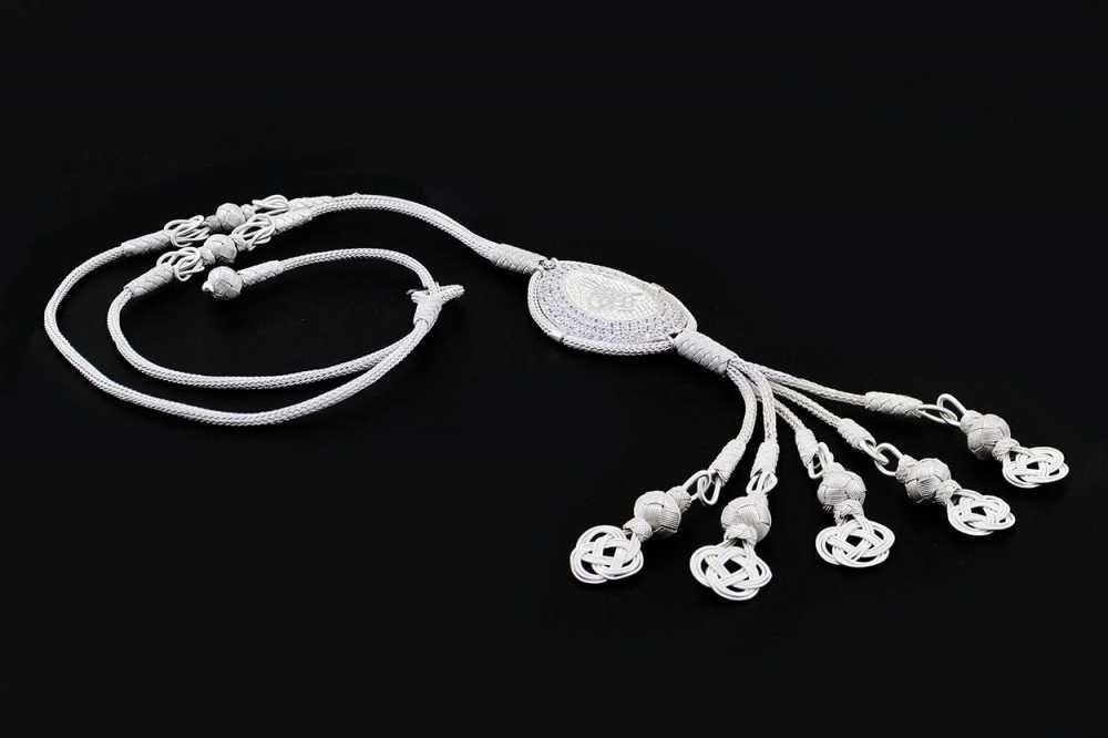 1000 Ayar Gümüş Tuğra ve Zirkon Taşlı Kazaz El Örmesi Kolye