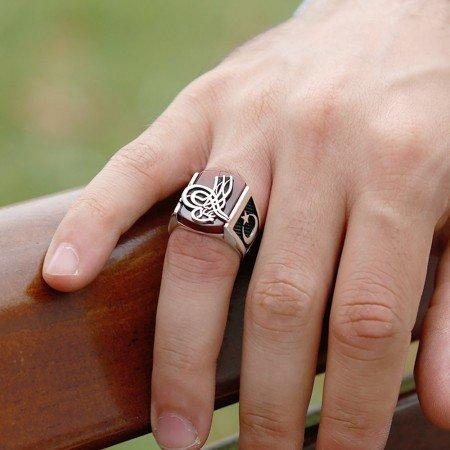 925 Ayar Gümüş Akik Taşı Üzerine Tuğra İşlemeli Yüzük - Thumbnail