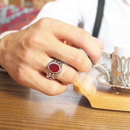 Yaprak İşlemeli Kırmızı Akik Taşlı 925 Ayar Gümüş Erkek Yüzük - Thumbnail