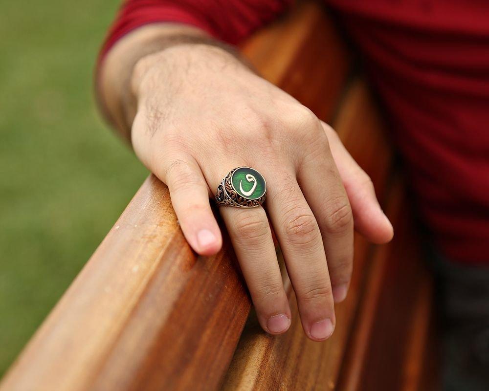 925 Ayar Gümüş Armalı Yeşil Mineli Vav Yüzük