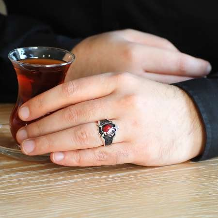 Ayyıldız Motifli Pençe Tasarım Kırmızı Zirkon Taşlı 925 Ayar Gümüş Erkek Yüzük - Thumbnail