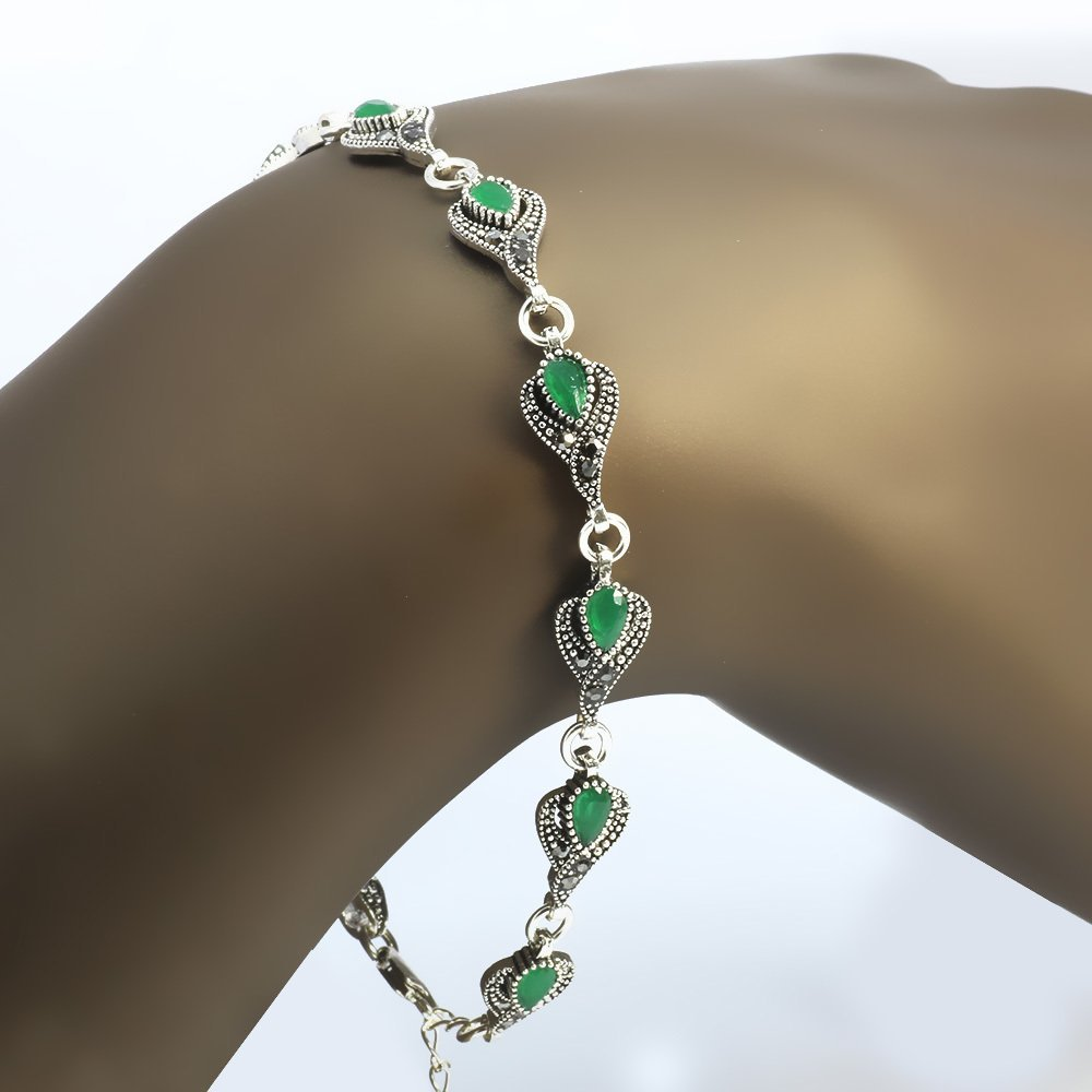 Yeşil Zirkon Taşlı Tam Tur Damla Tasarım 925 Ayar Gümüş Bayan Bileklik