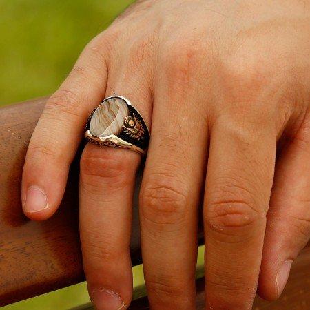 925 Ayar Gümüş Çizgili Akik Taşlı Yüzük - Thumbnail