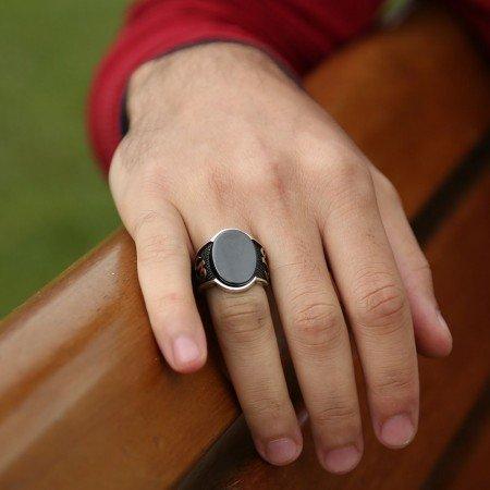 925 Ayar Gümüş Elif Vav Oval Oniks Taşlı Yüzük - Thumbnail