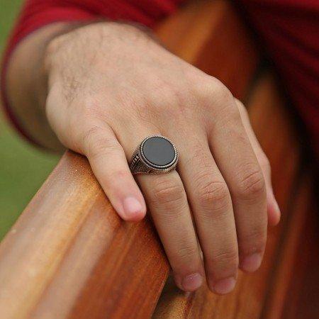 925 Ayar Gümüş İnce İşçilik Oniks Taşlı Yüzük - Thumbnail