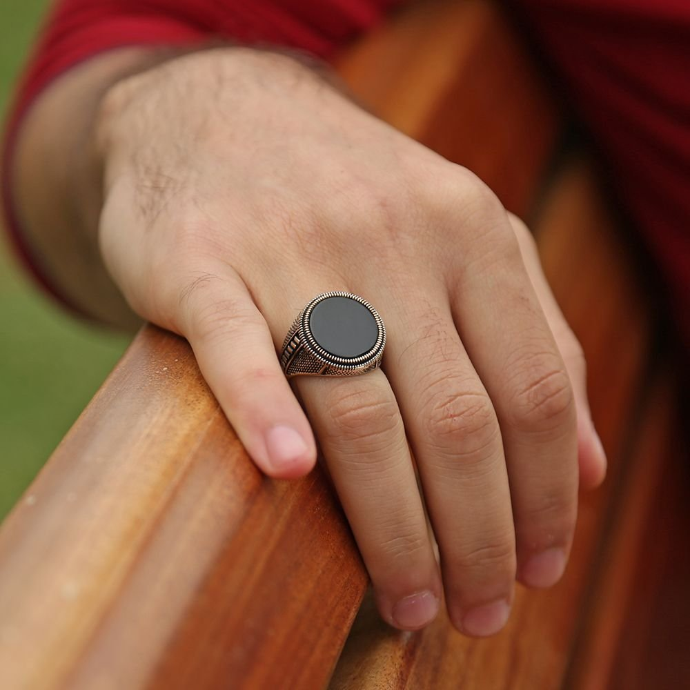 925 Ayar Gümüş İnce İşçilik Oniks Taşlı Yüzük