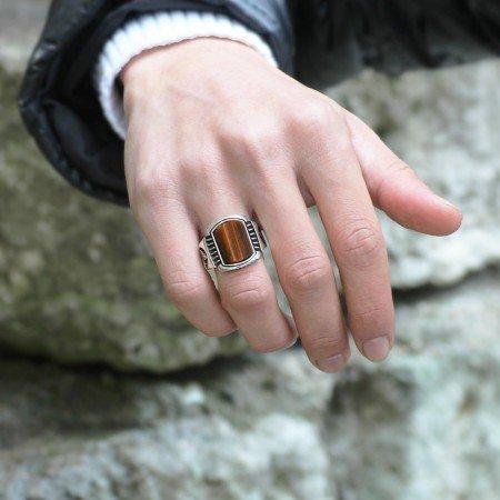 Tuğra İşlemeli Dörtgen Kaplangözü Taşlı 925 Ayar Gümüş Erkek Yüzük - Thumbnail