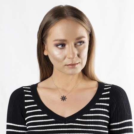 Siyah Zirkon Taşlı Kar Tanesi Tasarım 925 Ayar Gümüş Bayan Kolye - Thumbnail