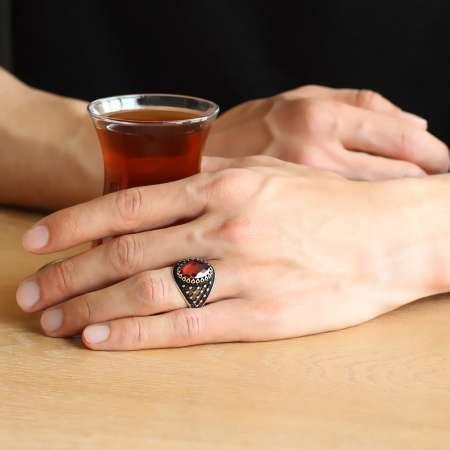 Damla Desen İşlemeli Kırmızı Zirkon Taşlı 925 Ayar Gümüş Erkek Yüzük - Thumbnail
