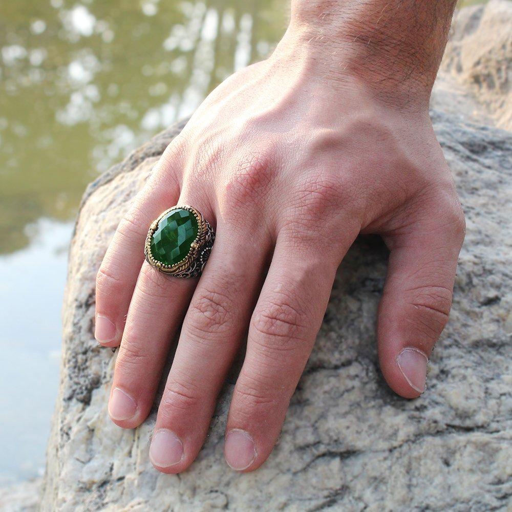 Vav Yazılı Kristal Kesim Yeşil Zirkon Taşlı 925 Ayar Gümüş Erkek Yüzük