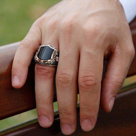 Zirkon İşlemeli Siyah Oniks Taşlı 925 Ayar Gümüş Erkek Yüzük - Thumbnail