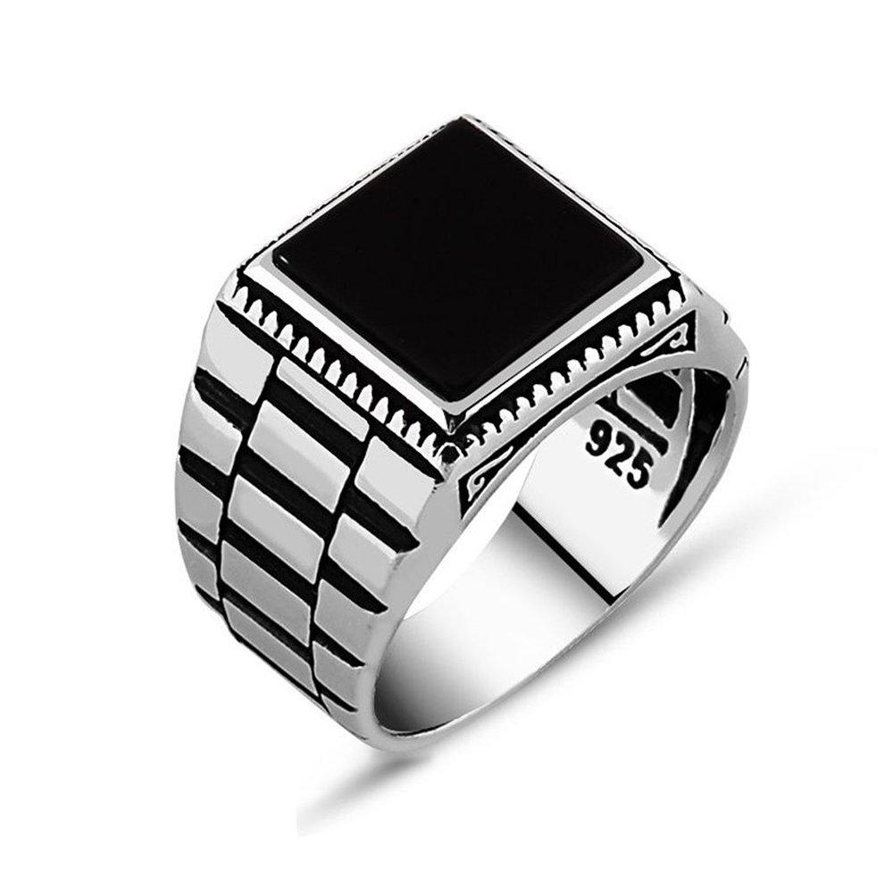 Simetrik Desenli Siyah Oniks Taşlı 925 Ayar Gümüş Erkek Yüzük