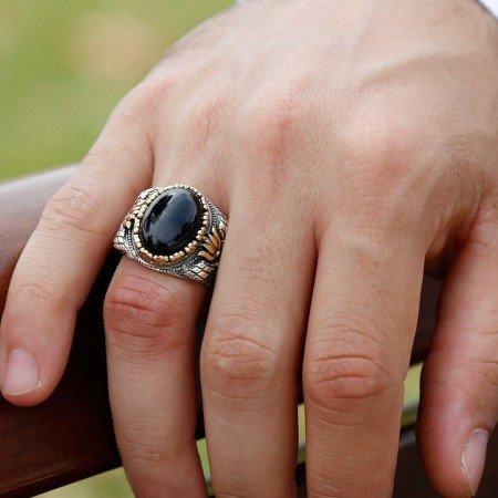 Lale İşlemeli Özel İşçilik Oniks Taşlı 925 Ayar Gümüş Erkek Yüzük - Thumbnail