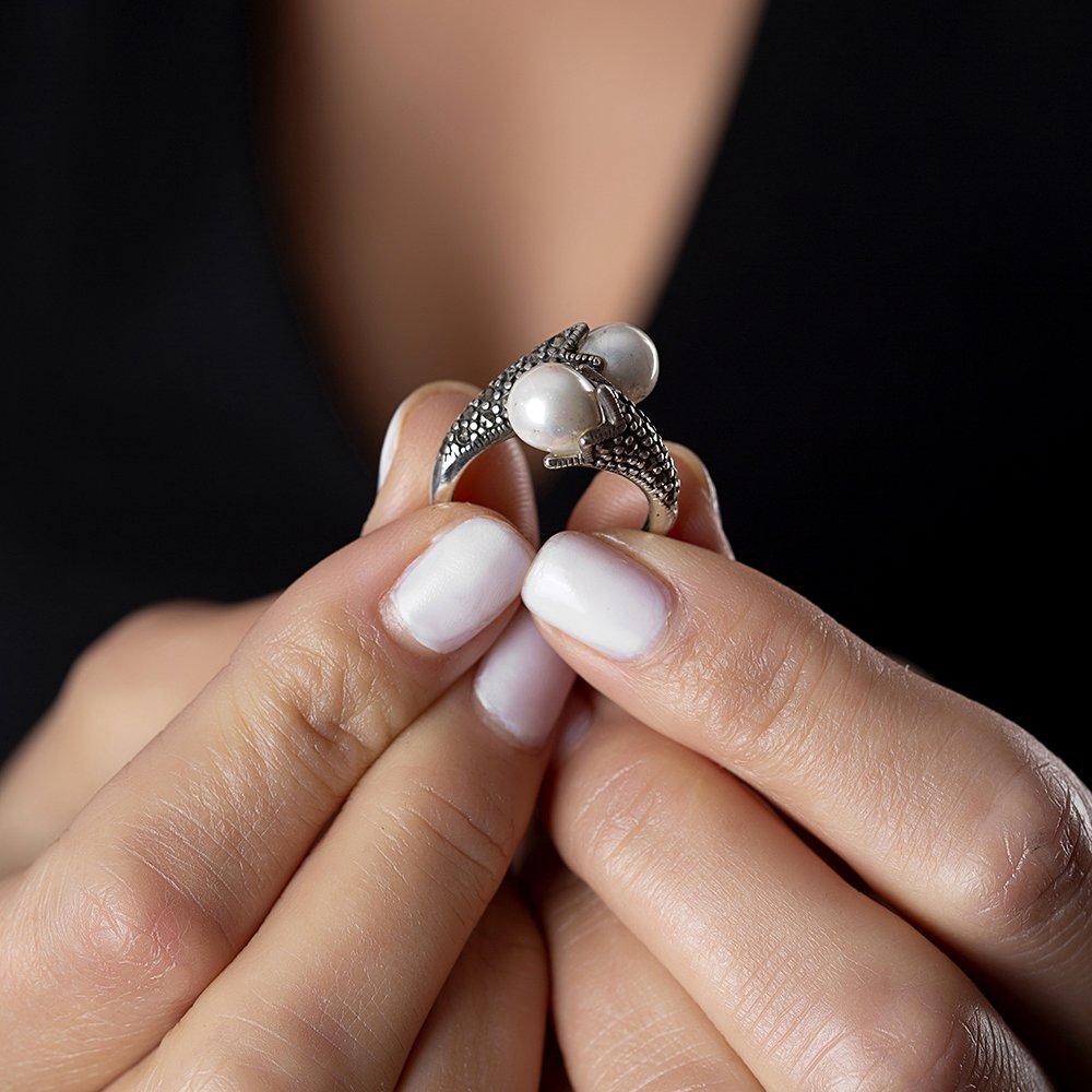925 Ayar Gümüş Özel Tasarım İnci Taşlı Yüzük