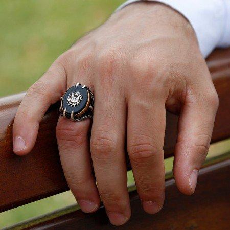 Pençe Tasarım Arma Motifli Siyah Oniks Taşlı 925 Ayar Gümüş Erkek Yüzük - Thumbnail
