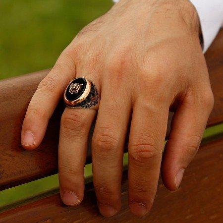 925 Ayar Gümüş Siyah Oniks Taşlı Tuğra Arma Model Yüzük - Thumbnail