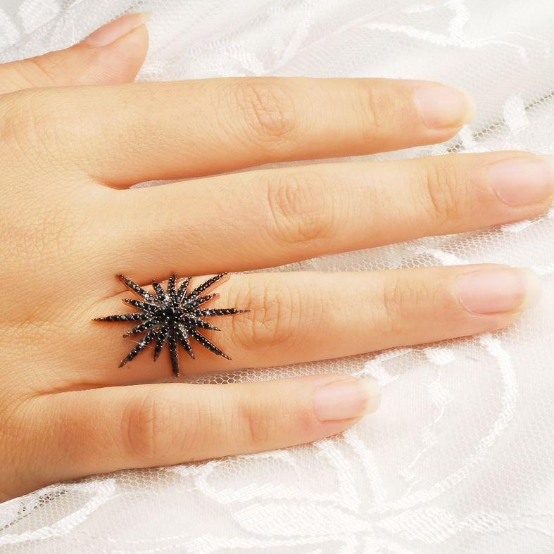 925 Ayar Gümüş Siyah Zirkon Taşlı Kutup Yıldızı Model Yüzük