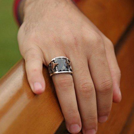 Tuğra İşlemeli Siyah Kare Zirkon Taşlı 925 Ayar Gümüş Erkek Yüzük - Thumbnail