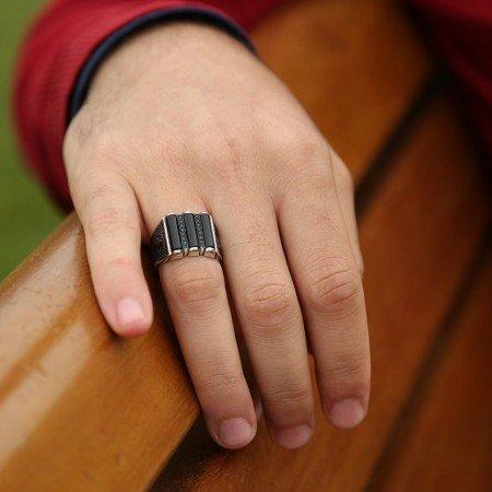 925 Ayar Gümüş Siyah Zirkon Taşlı Ve Oniks Taşlı Yüzük - Thumbnail
