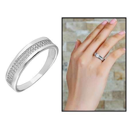 925 Ayar Gümüş Tek Sıra Zirkon Taşlı Bayan Yüzük - Thumbnail