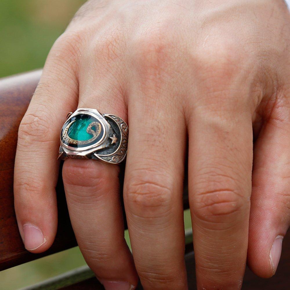 925 Ayar Gümüş Vav Model Yeşil Mineli Yüzük