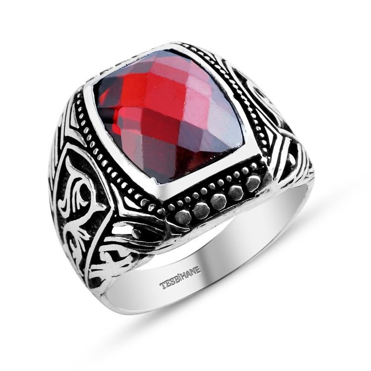 925 Ayar Gümüş Zarif Motif İşlemeli Kırmızı Zirkon Taşlı Yüzük