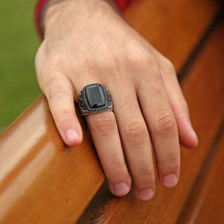 925 Ayar Gümüş Zirkon Tasarım Oniks Taşlı Yüzük - Thumbnail