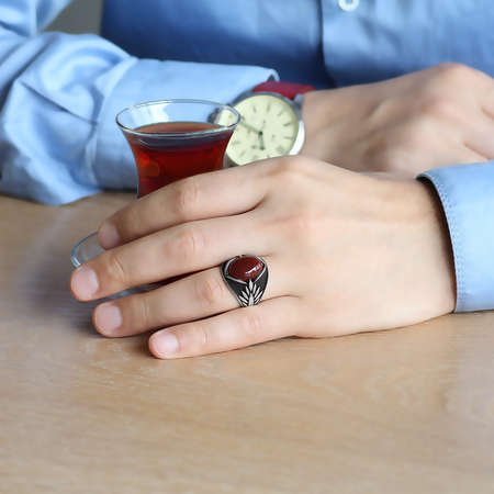 Başak Motifli Kırmızı Akik Taşlı 925 Ayar Gümüş Erkek Yüzük - Thumbnail
