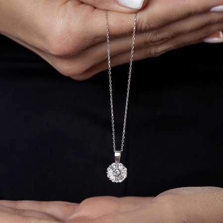 Beyaz Zirkon Taşlı Zarif Tasarım 925 Ayar Gümüş Trend Kolye - Thumbnail
