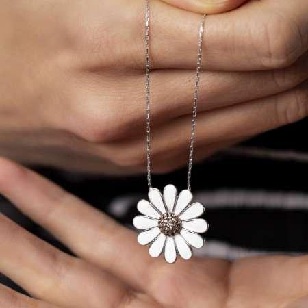 Beyaz Zirkon Taşlı Zarif Tasarım 925 Ayar Gümüş Papatya Kolye - Thumbnail