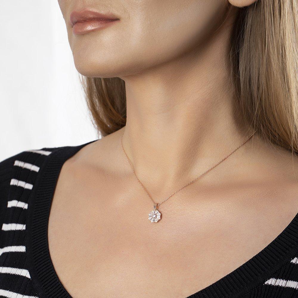 Beyaz Zirkon Taşlı Zarif Tasarım Rose Renk 925 Ayar Gümüş Trend Kolye