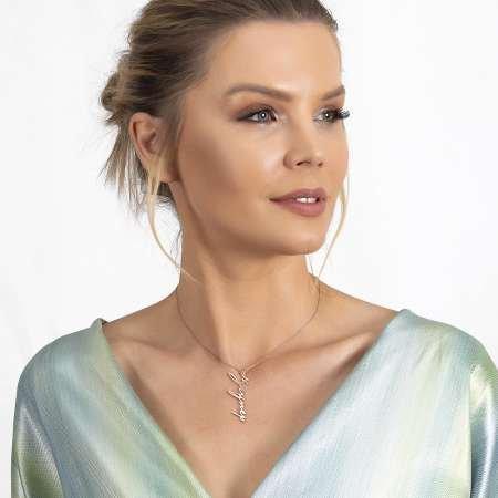 Dikey Tasarım Kişiye Özel İsim Yazılı Rose Renk 925 Ayar Gümüş Bayan Kolye - Thumbnail