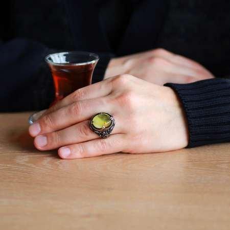 Doğal Damla Kehribar Taşlı Zirkon Taş Mıhlamalı 925 Ayar Gümüş Erkek Yüzük - Thumbnail