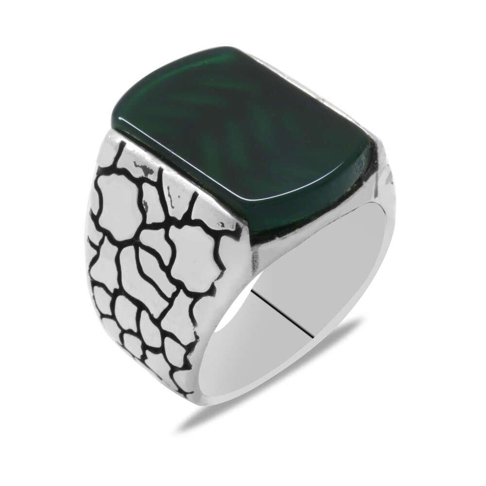 Dörtgen Tasarım Yeşil Akik Taşlı 925 Ayar Gümüş Erkek Yüzük