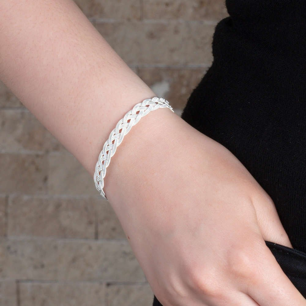 El İşçiliği Gümüş Renk 1000 Ayar Kazaz Bayan Bileklik