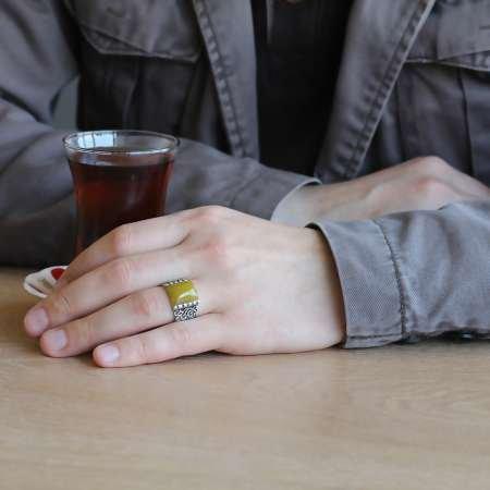 Erzurum El İşçiliği Dörtgen Sarı Sıkma Kehribar Taşlı 925 Ayar Gümüş Erkek Yüzük - Thumbnail
