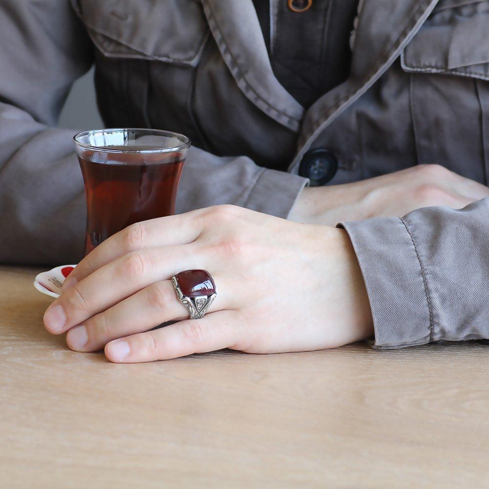 Erzurum El İşçiliği V Tasarım Kırmızı Sıkma Kehribar Taşlı 925 Ayar Gümüş Yüzük