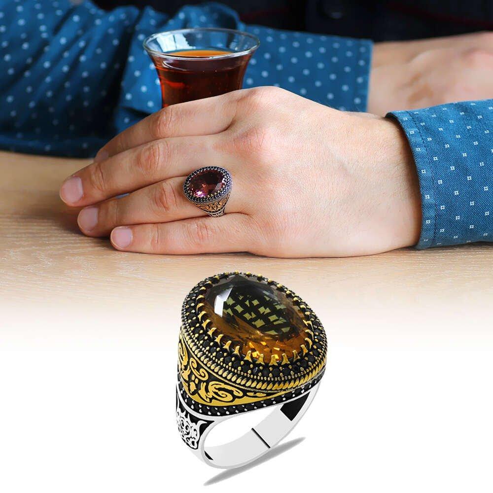 Faset Zultanit Taşlı Mikro Taş Mıhlamalı Selçuklu Motifli 925 Ayar Gümüş Erkek Yüzük
