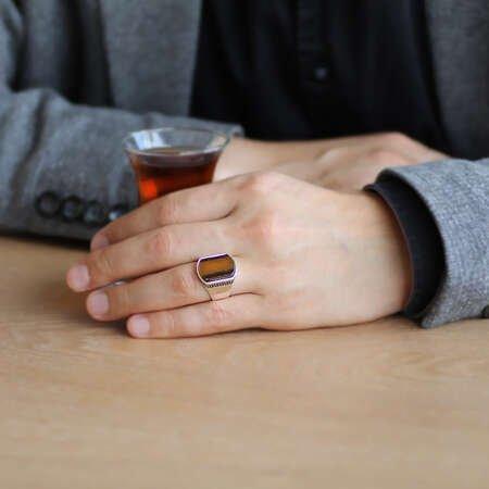 Flat Tasarım Kaplan Gözü Taşlı 925 Ayar Gümüş Erkek Yüzük - Thumbnail