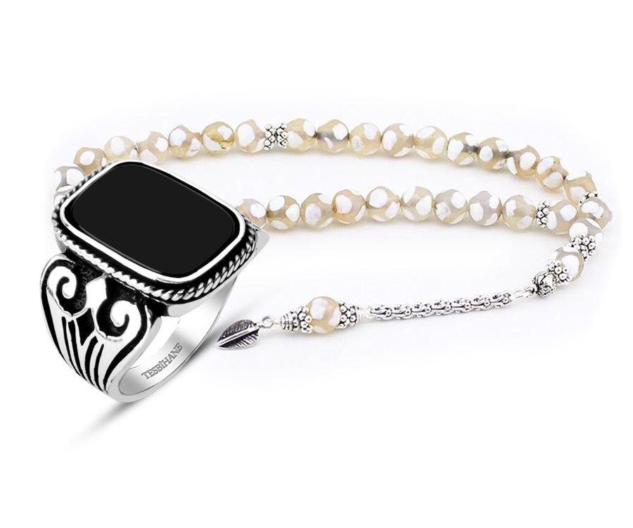 Gümüş Püsküllü Akik Tesbih ve Oniks Taşlı Gümüş Yüzük Kombini
