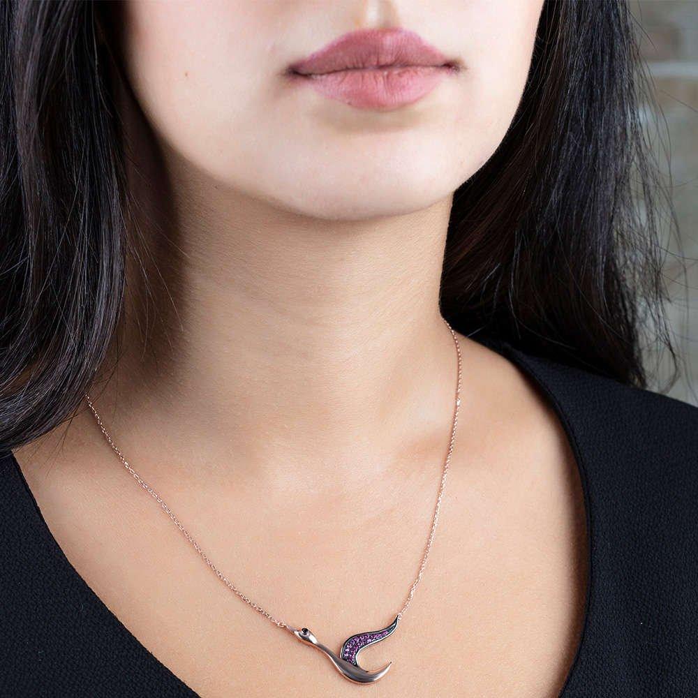 Pembe Zirkon Taşlı Uçan Kaz Tasarım 925 Ayar Gümüş Bayan Kolye