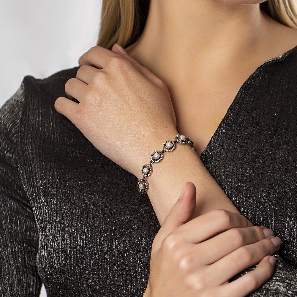 Zirkon Taşlı Yarım Küre Tasarım 925 Ayar Gümüş Bayan Bileklik