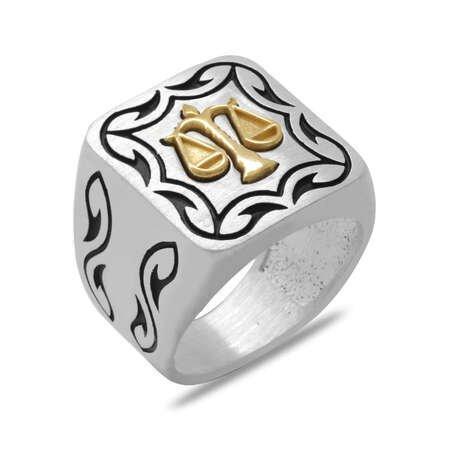 Kare Tasarım Adalet Temalı Özel Renk 925 Ayar Gümüş Erkek Yüzük - Thumbnail