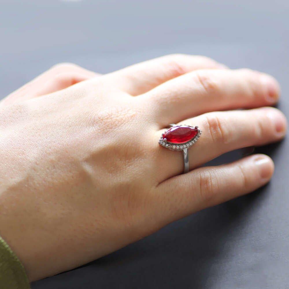 Kırmızı Zirkon Taşlı Simetrik Kesim 925 Ayar Gümüş Bayan Yüzük