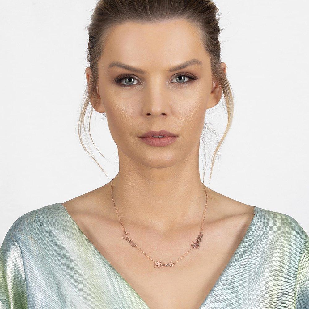 Kişiye Özel Üç İsim Yazılı Rose Renk 925 Ayar Gümüş Bayan Kolye
