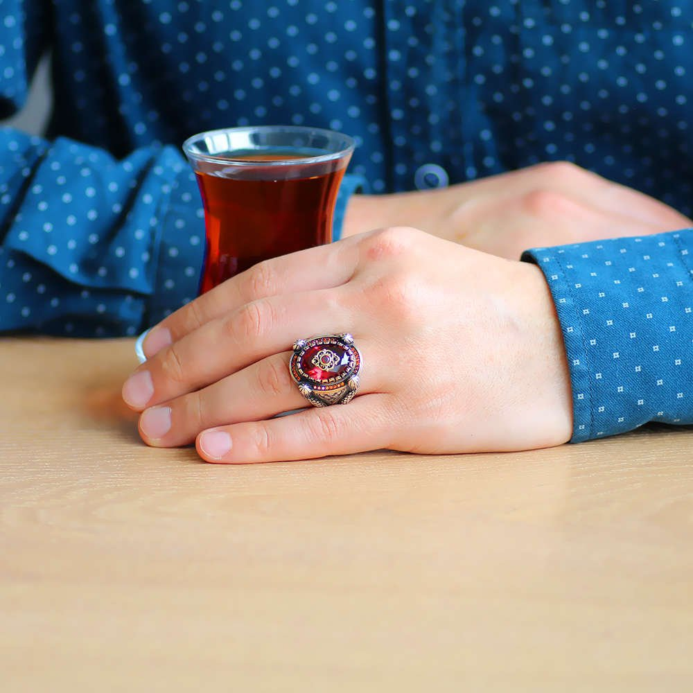 Kubbe Tasarım Faset Kesim Kırmızı Zirkon Taşlı 925 Ayar Gümüş Erkek Yüzük