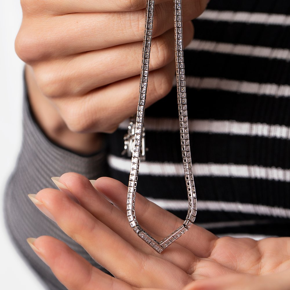Pırlanta Montür Zirkon Taşlı Şık Tasarım 925 Ayar Gümüş İthal Kolye