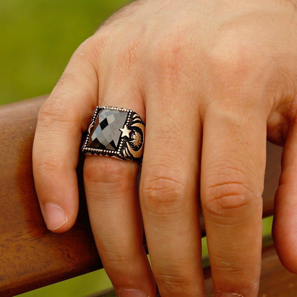 Tuğra ve Ayyıldız İşlemeli Siyah Zirkon Taşlı 925 Ayar Gümüş Yüzük