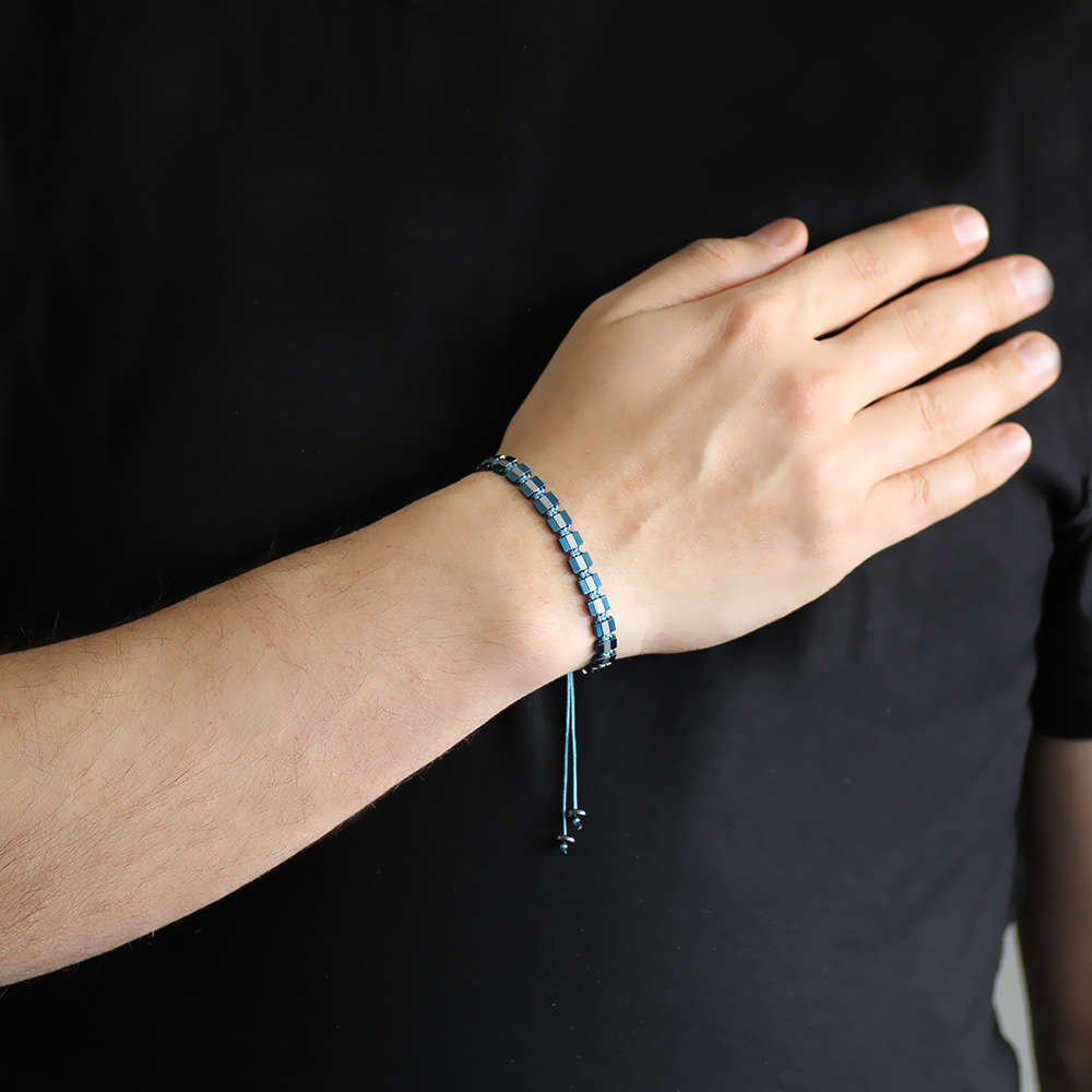 Sıralı Prizma Tasarım Makrome Örgülü Silver-Mavi Hematit Doğaltaş Bileklik