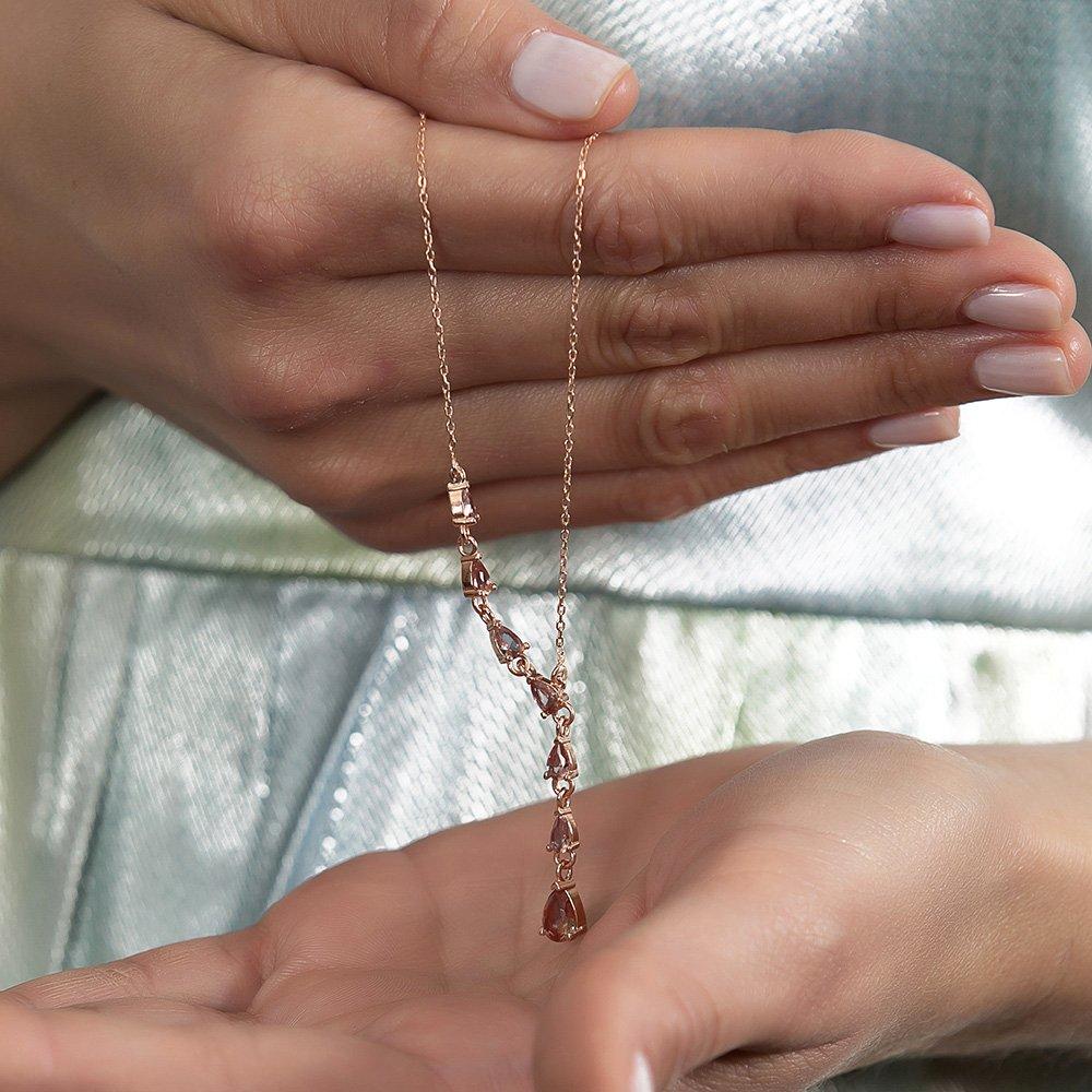 Starlight Diamond Damla Kesim Zultanit Taşlı Rose Renk 925 Ayar Gümüş Kadın Kolye